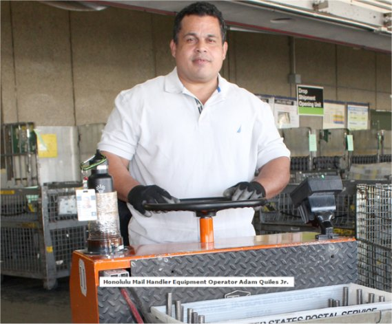 Honolulu Postal Mail Handler Rushes To Aid Injured Co-Worker