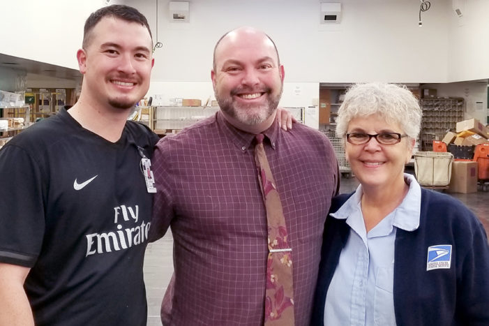 California postmaster connects with deaf employees